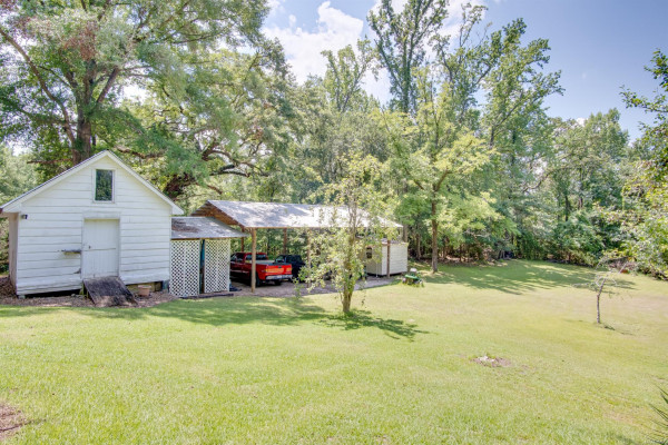9267  County Road 59 .
