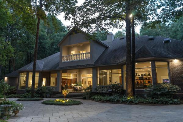 507  Fiveash Oaks